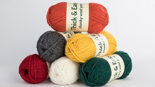 Thick & Easy, 100% wool yarn. Chunky or Bulky-weight, ideal for large garments or machine-felting.Recommended needle size: 6 - 7mm Ball: approx. 110m / 100g